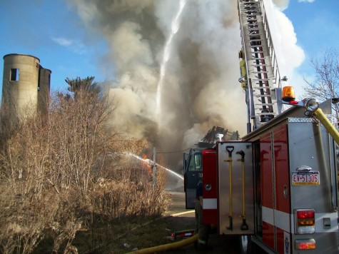 Old Tuna Mill destroyed by fire